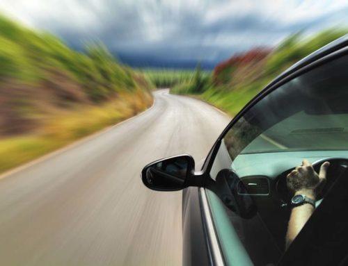 Què passa si tinc un accident amb un cotxe de lloguer?