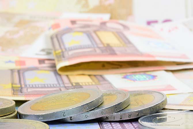Imatge de euros per indemnització dáccident de trànsit